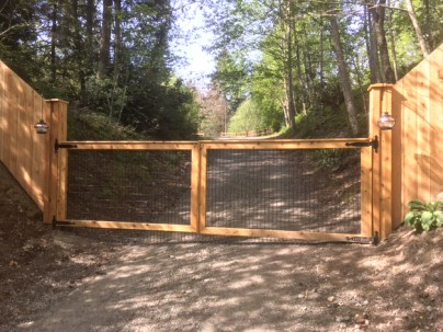Gate builder seattle